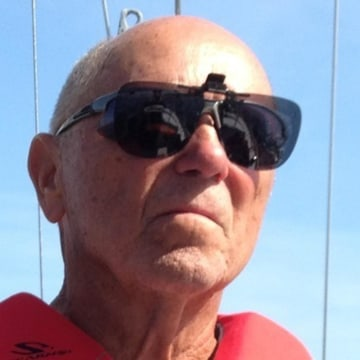 Coast Guard searching from Boca Grande to Panama City, Fla., for missing boater
