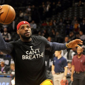 "Image: Cleveland Cavaliers forward LeBron James wears an "" I Can't Breathe"" t-shirt during warm ups prior to the game against the Brooklyn Nets at Barclays Center in New York City"