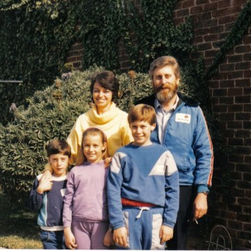 The last photo taken of Martin Pistorius (right) and his family before he fell ill