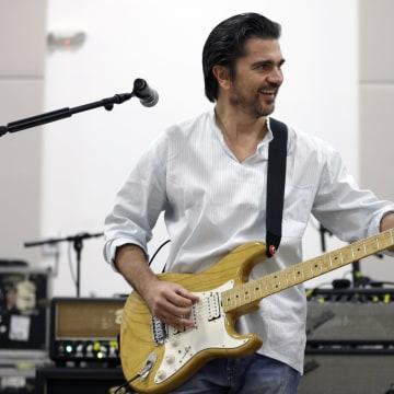 Image: Juanes