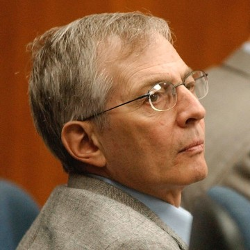 Image: Robert Durst at September 2001 hearing