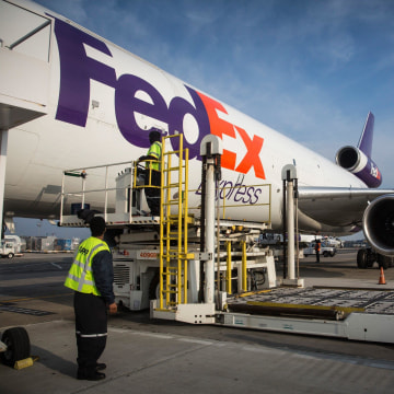 Image: FedEx plane in Newark, N.J., on Dec. 16, 2014