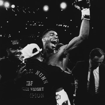 Image: International Boxing Federation Middleweight champion Michael Nunn