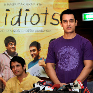 "Image: Aamir Khan promotes film ""Three Idiots""."