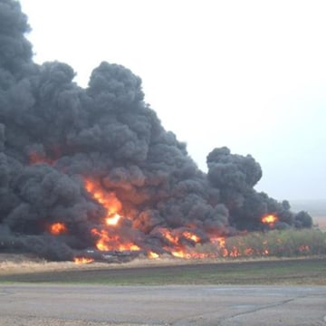 Image: Oil train derailment in Heimdal, North Dakota