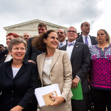 Image: Supreme Court Rules in Favor of Gay Marriage