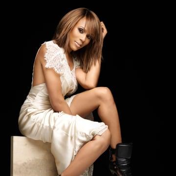 Deborah Cox to Play Whitney Houston