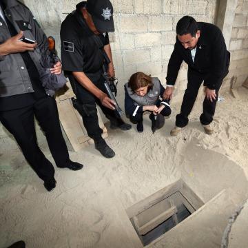 Image: TOPSHOTS-MEXICO-CRIME-DRUGS-PRISON-GUZMAN-ESCAPE