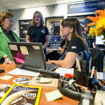 Image: Mikulski at Mission Operations Center
