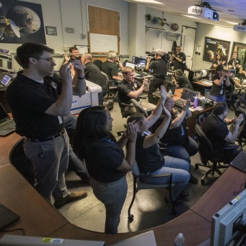 Image: New Horizons Pluto Flyby