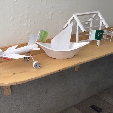 Image: Models of jets, boats and houses
