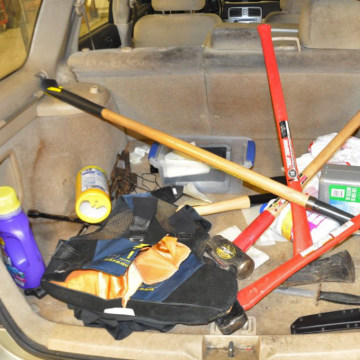 IMAGES: 'Kill kit' found in Neal Falls' car