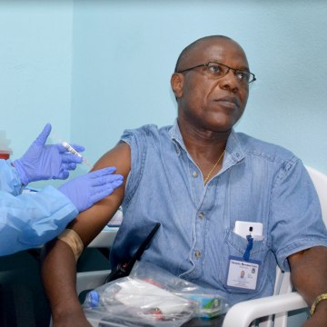 Image: LIBERIA-HEALTH-EBOLA-WHO-VACCINE-FILES