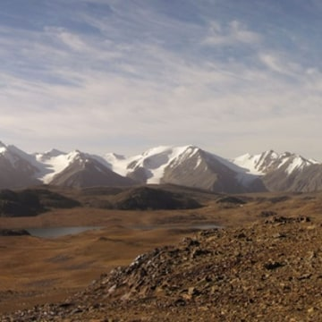 Image: Jetim-Bel range, Kyrgyzstan, part of the Tian Shan mountain system