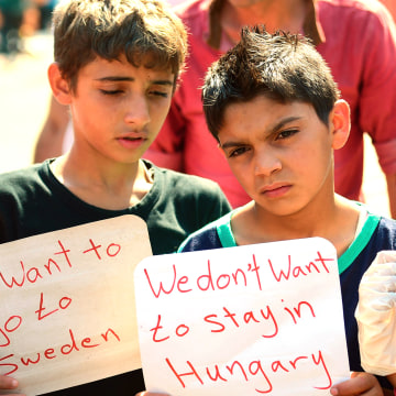 Image: TOPSHOTS-HUNGARY-EUROPE-MIGRANTS