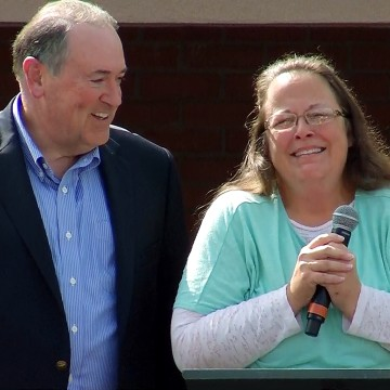 The Scripture Kim Davis Used as a Prophetic Weapon in Jail ...