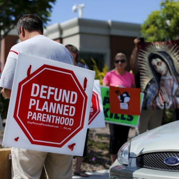 Image: Protesters gather outside a Planned Parenthood clinic in Vista, California
