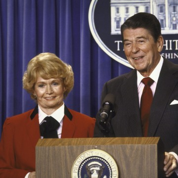 Margaret M. Heckler;Ronald W. Reagan