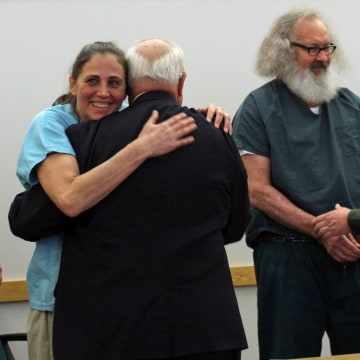 Image: Evi and Randy Quaid celebrate release in Vermont