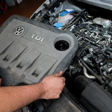 Image: VW diesel engine EA189