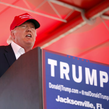 Image: U.S. Republican presidential candidate Donald Trump speaks at a Trump for President campaign rally at the Jacksonsville Landing in Jacksonville, Florida