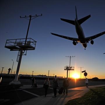 Image: US-CRIME-SHOOTING-AIRPORT