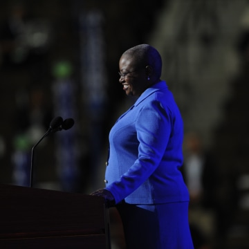 DEMOCRATIC NATIONAL CONVENTION DAY ONE PEPSI CENTER. Reverend Leah D. Daughtry Convention CEO & Chief of Staff, Democratic National Committee s the convention opens. RJ Sangosti, The Denver Post