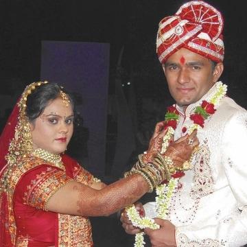 Image: Palak, left, and Bhadreshkumar Patel.