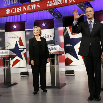 Image: Democratic U.S. presidential candidates Sanders, Clinton and O'Malley
