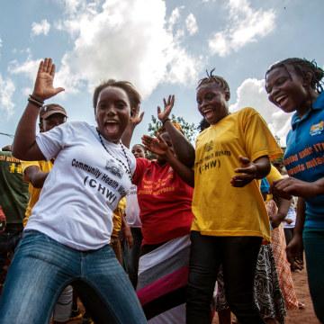 Image: Sierra Leone celebrates Ebola free
