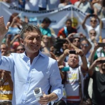 Image: ARGENTINA-RUN-OFF-CAMPAIGN-MACRI