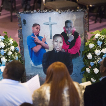 Image: A memorial for Tamir Rice