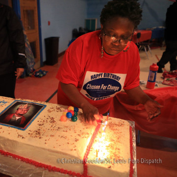 Family, supporters celebrate Michael Brown's 19th birthday