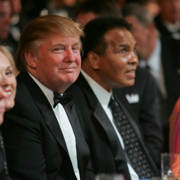 Image: Donald Trump (L) and Muhammad Ali (C)