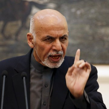 Image: Afghanistan's President Ashraf Ghani speaks during a news conference in Kabul