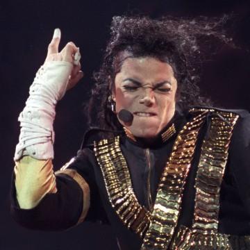 Image: Michael Jackson in Brazil in 1993