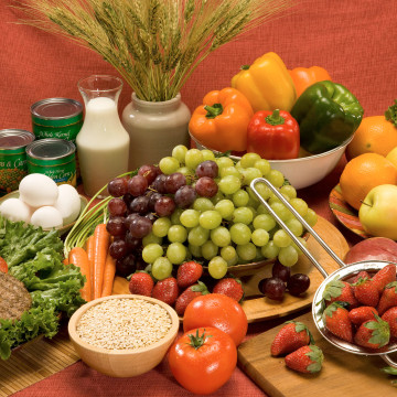 Image: fruits and veggies and whole grain