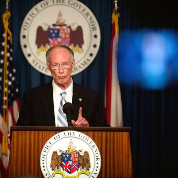Image: Alabama governor Robert Bentley