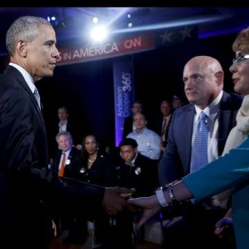 Image: President Barack Obama greets Gabby Giffords
