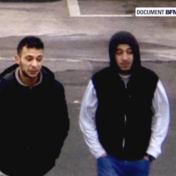 Image: Paris suspect Salah Abdeslam and suspected accomplice Hamza Attou in security video