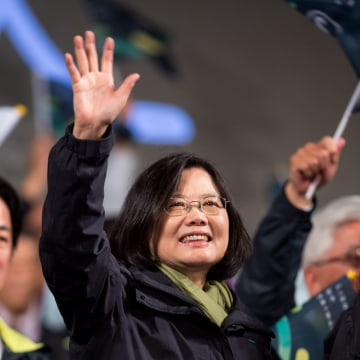 Image: Tsai Ing-wen is Taiwan's first female president elect