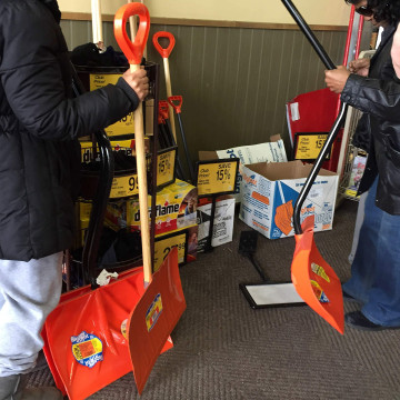 Image: Bowie, Maryland, snow preparations