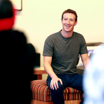 As Facebook Turns 12, Zuckerberg Wants to Catch Baby's First Steps in Virtual Reality