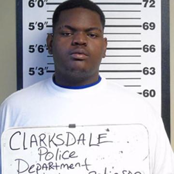 Image: Johnny Robinson, Jr.  accused