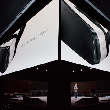 Mark Zuckerberg: Facebook in Virtual Reality is the Future