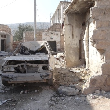 Russia continiues the air-strikes in Syria despite cessation-of-hostilities agreement