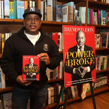 Daymond John Books Signing At Books And Books
