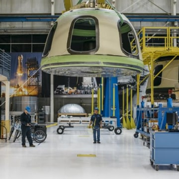 Jeff Bezos Company Planning Human Test Space Flights by 2017