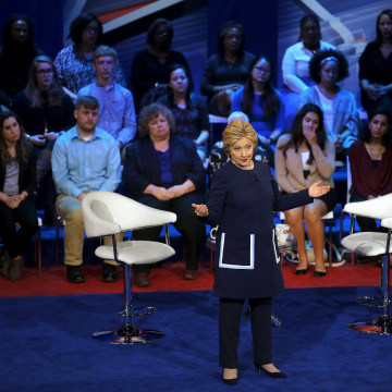 Image: Hillary Clinton in Columbus, Ohio