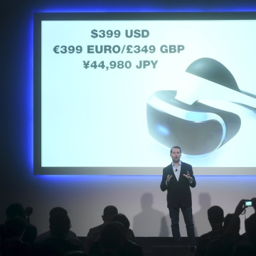 Image: Andrew House, chief executive officer of Sony Computer Entertainment, announces the price and delivery date for PlayStation VR in San Francisco